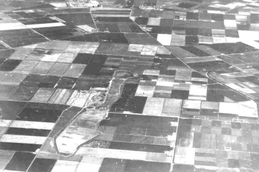 Aerial picture Schokland in times of the polder pioneers, 1950.