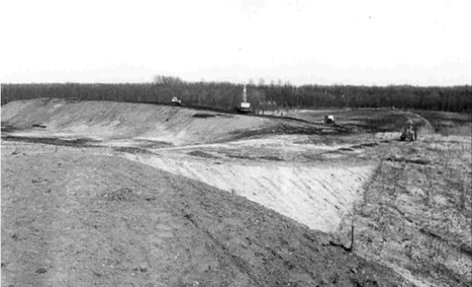 Finished old waste dump in the Kuinderbos, 1978.
