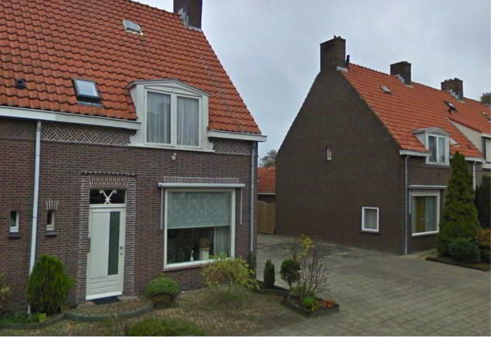 We can find examples of the Delftse School in the Zeeasterstraat in Emmeloord, built during the war: small homes with beautiful details in brick laid with different masonry bonds. Typical elements also include the steep roofs and dormers.